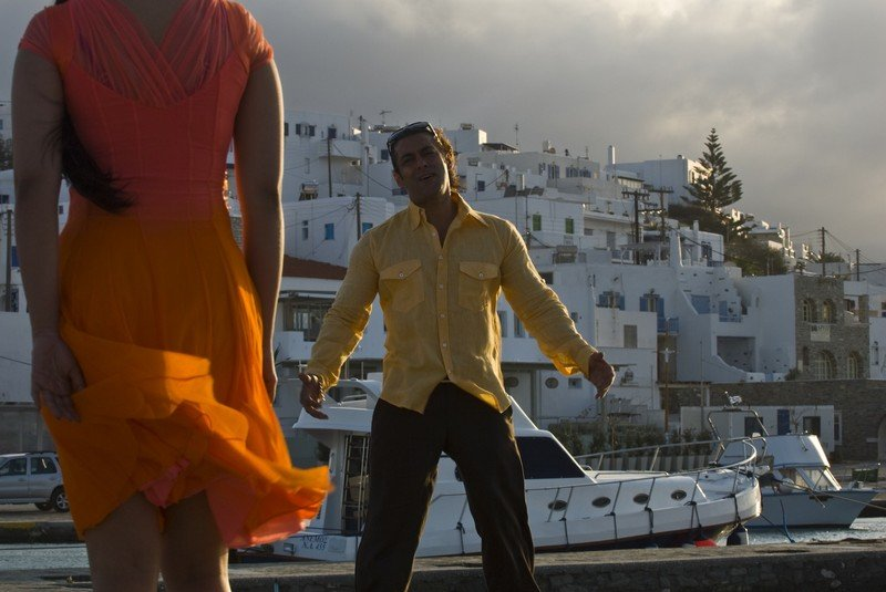 """Wanted"" - directed by Prabhu Deva, 2008 – starring Salman Khan and  Ayesha Takia"
