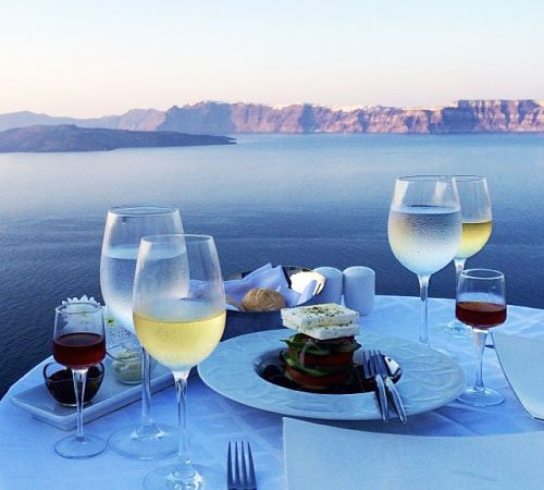 Best restaurants of Santorini